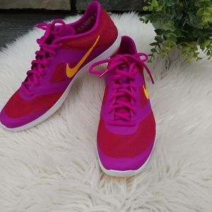 Nike Studio Trainer 2 Womens Cross-Trainers size 7